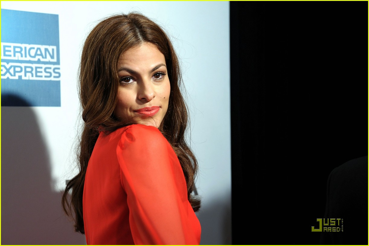 eva mendes last night premiere 042538231