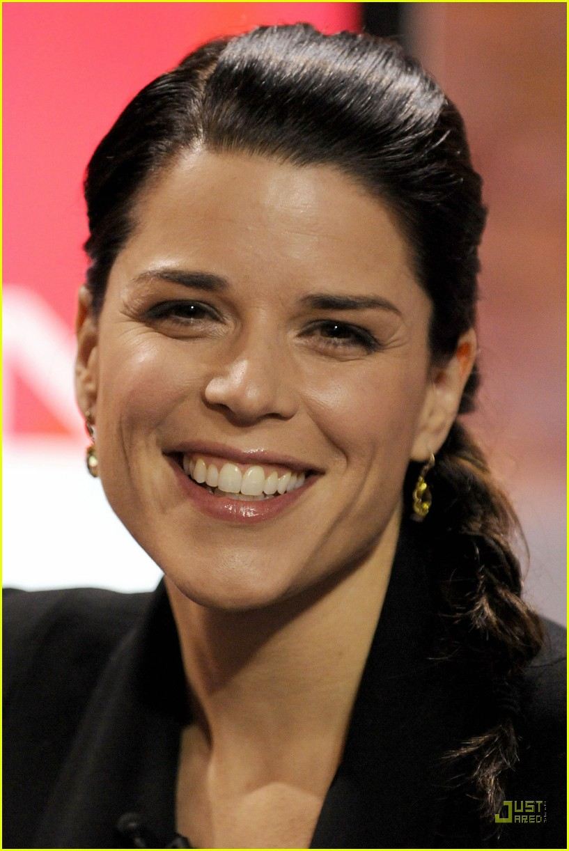 neve campbell marilyn denis show 01
