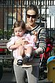 sarah jessica parker playground with marion and tabitha 05