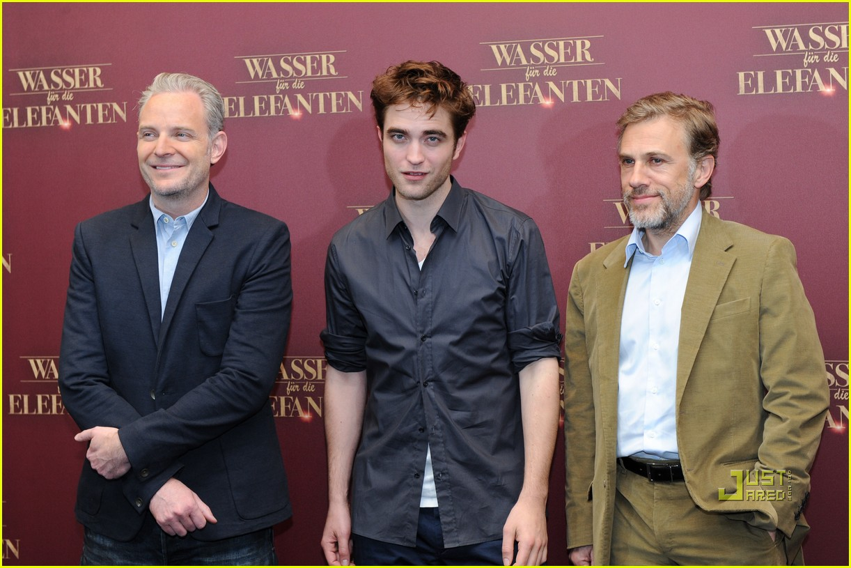 robert pattinson christoph waltz water for elephants photo call berlin 13