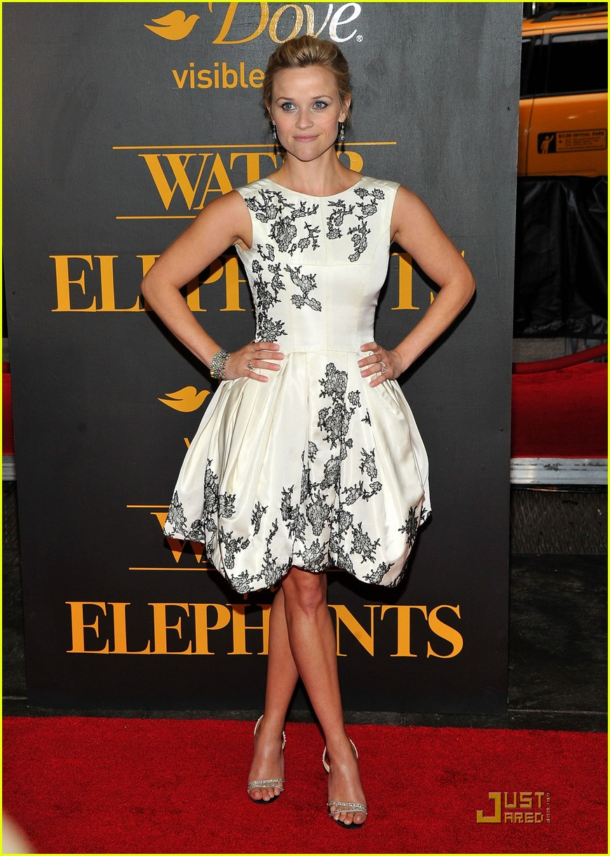 robert pattinson reese witherspoon water for elephants premiere 14