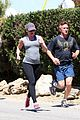 sean penn scarlett johansson jogging 07