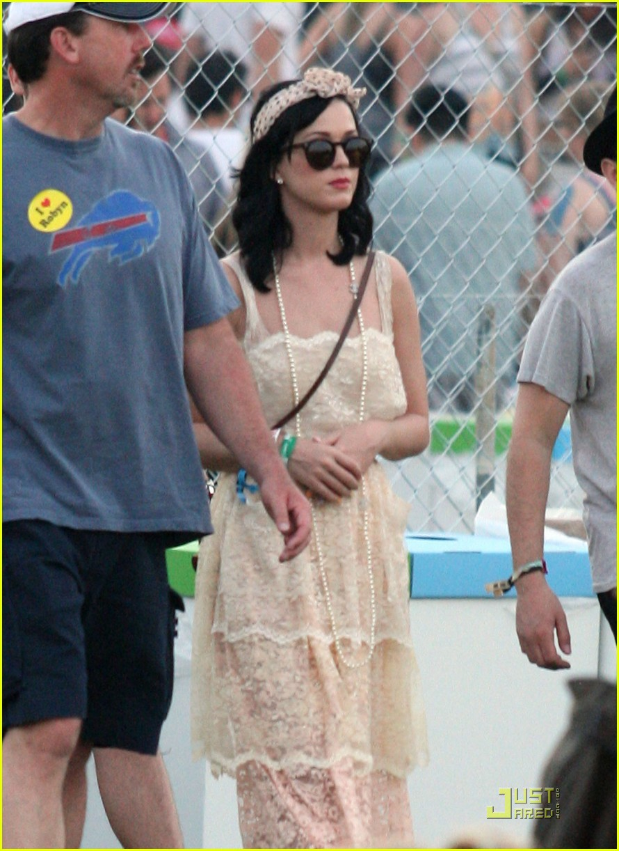 katy perry california coachella girl 05