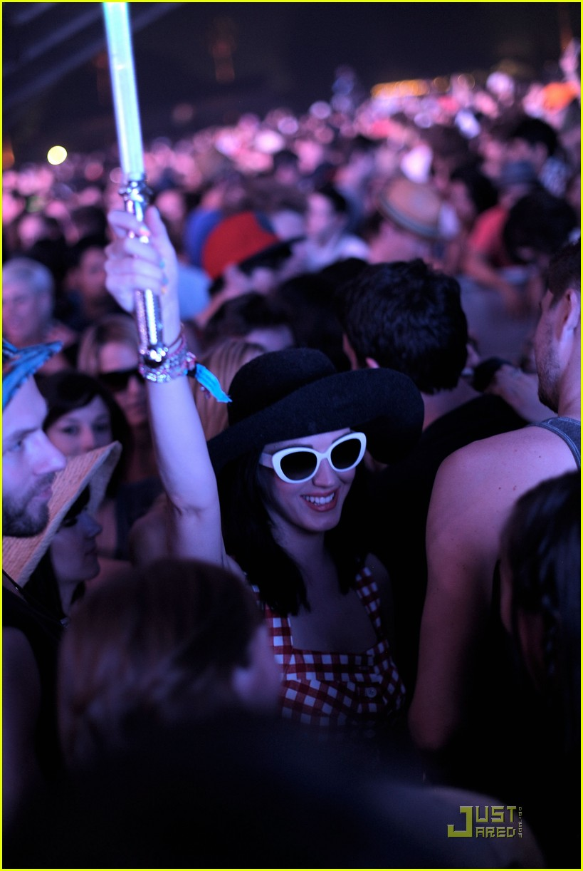katy perry california coachella girl 13
