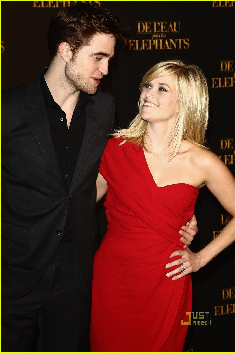reese witherspoon water for elephants paris premiere robert pattinson 02