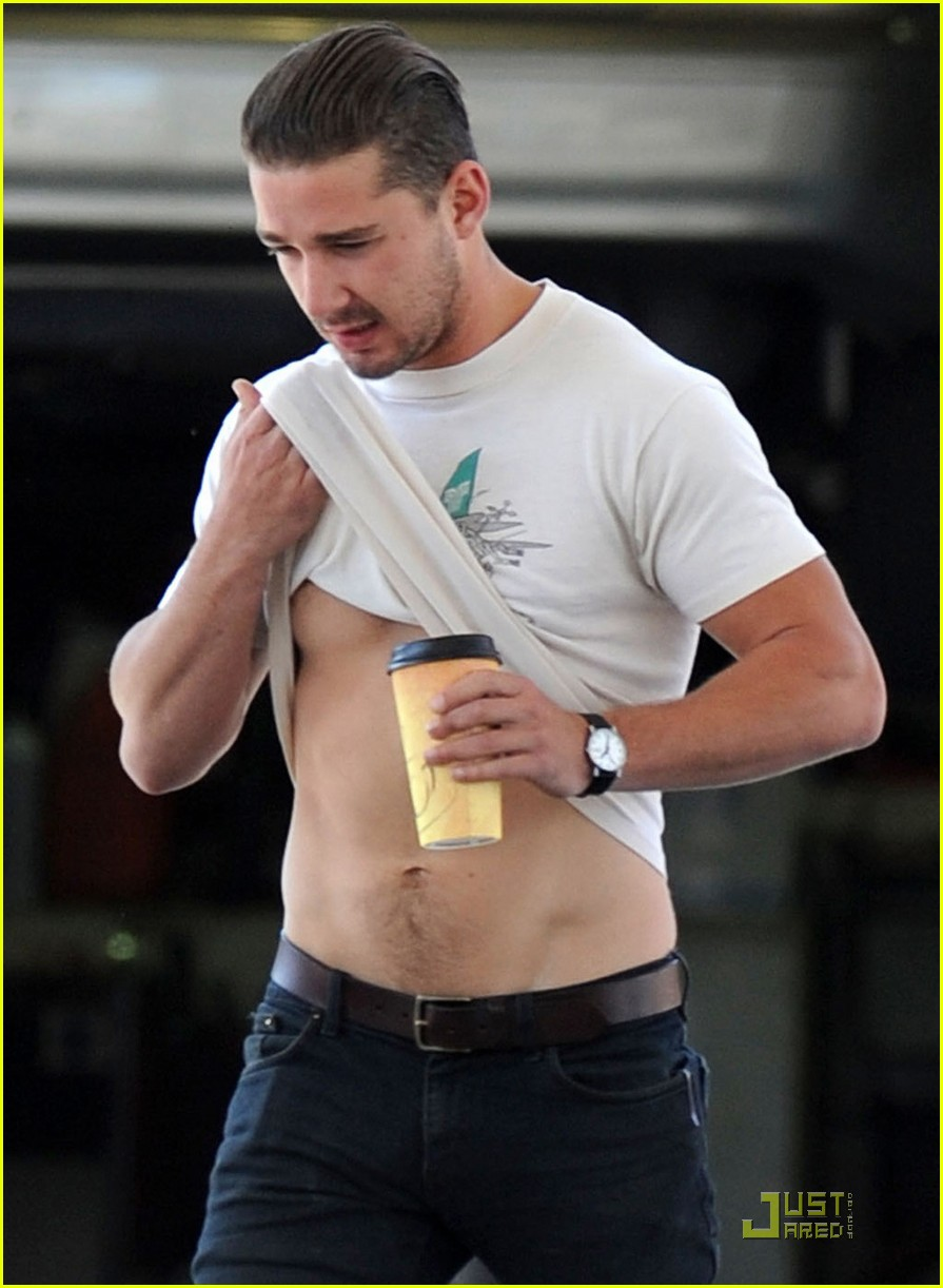 shia labeouf fueling up 032539569