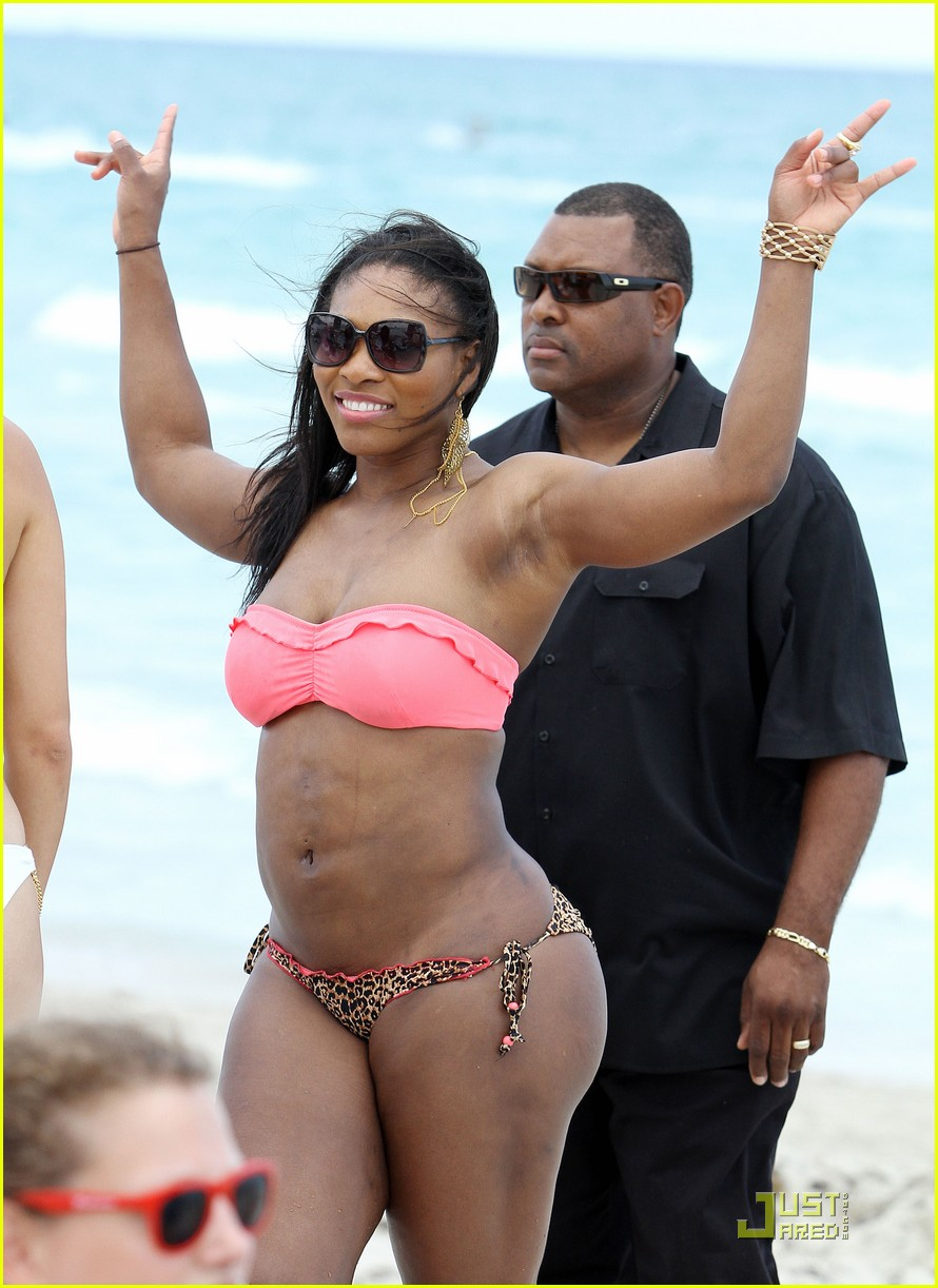 serena williams bikini beach body 05