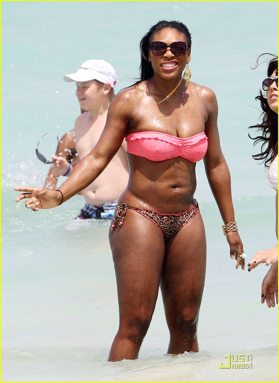 Posted in Serena Williams: Bikini Beach Body!