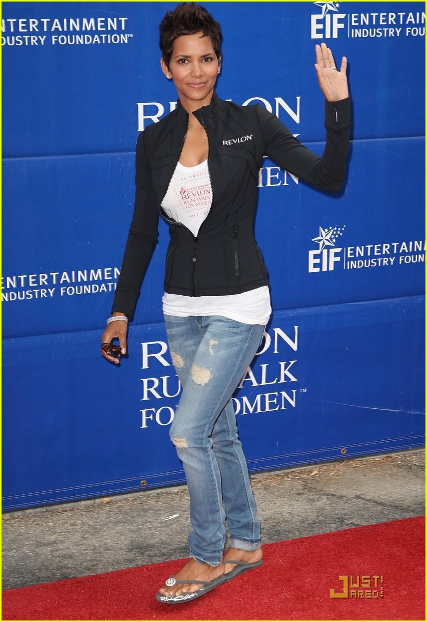 Halle Berry: Revlon Run/Walk in L.A.!: Photo 2541802 | Halle Berry ...