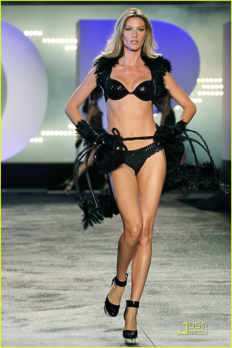 gisele bundchen hope hottie on the runway 01