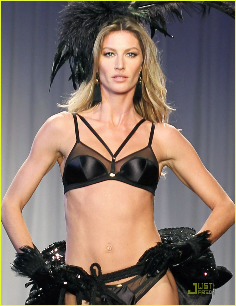 gisele bundchen hope hottie on the runway 022543489