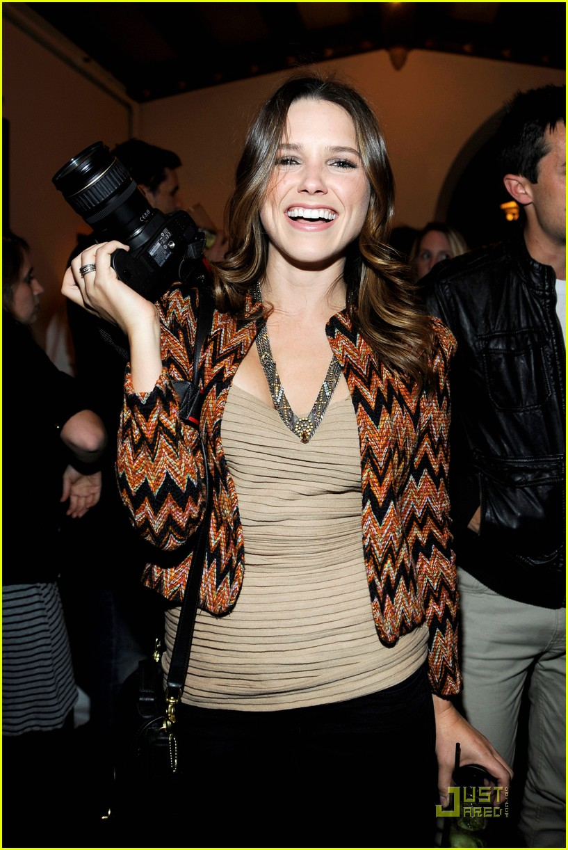 sophia bush lindsay lohan deleon 08
