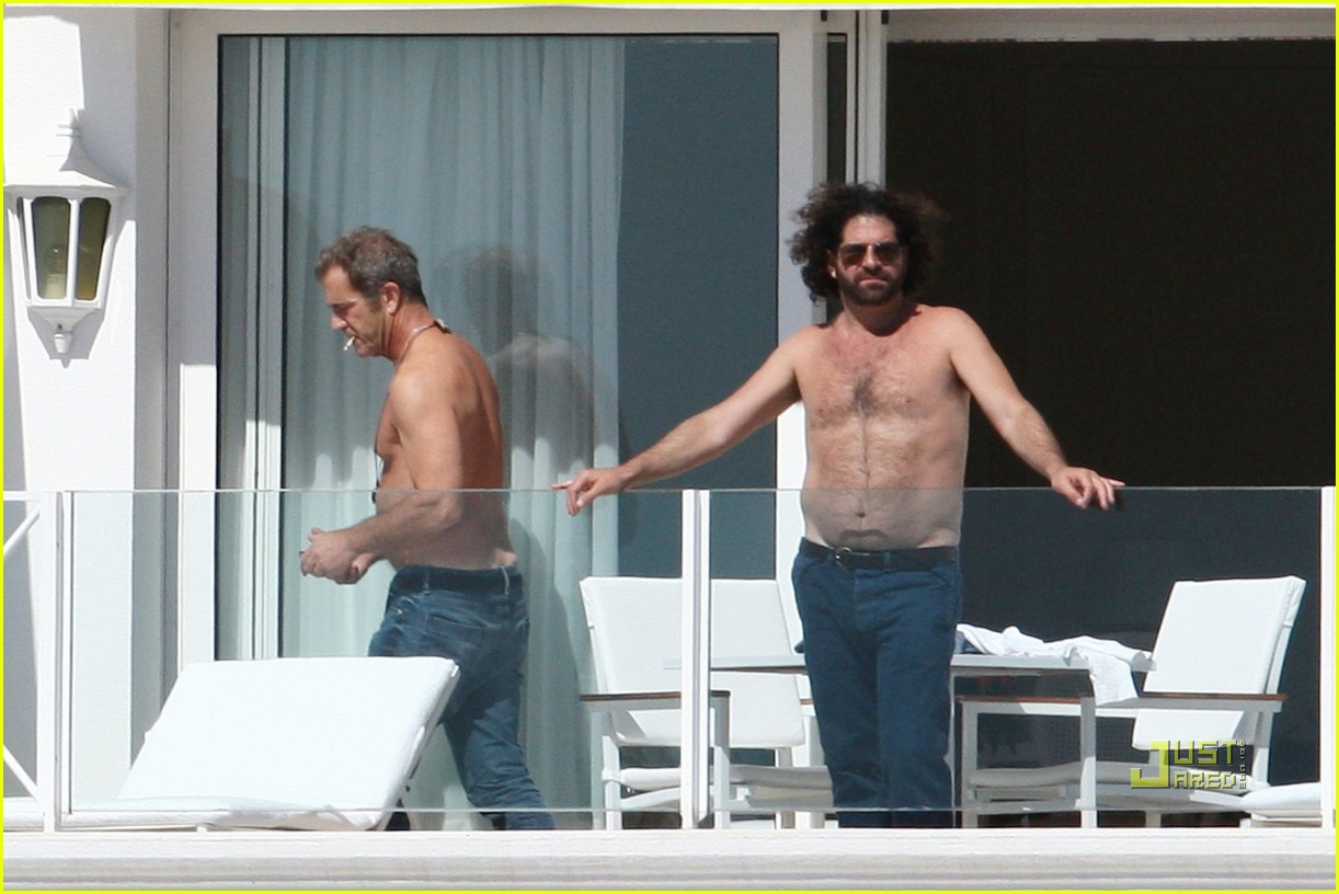 mel gibson shirtless cannes 012544885