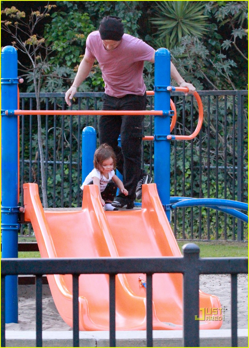 cam gigandet playground everleigh 06