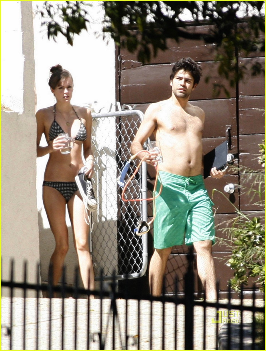 adrian grenier shirtless 02