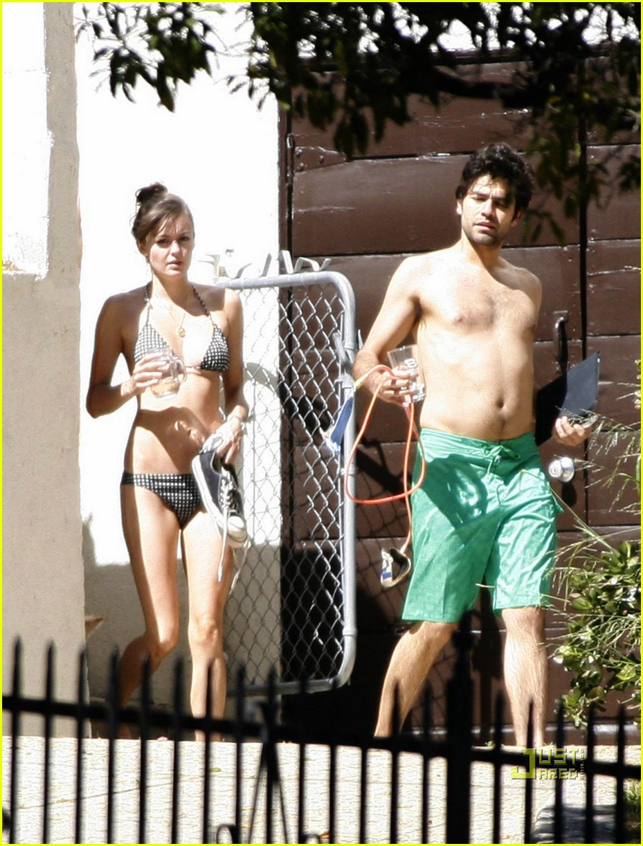 adrian grenier shirtless 06