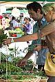 katherine heigl farmers market with naleigh and josh kelley 07