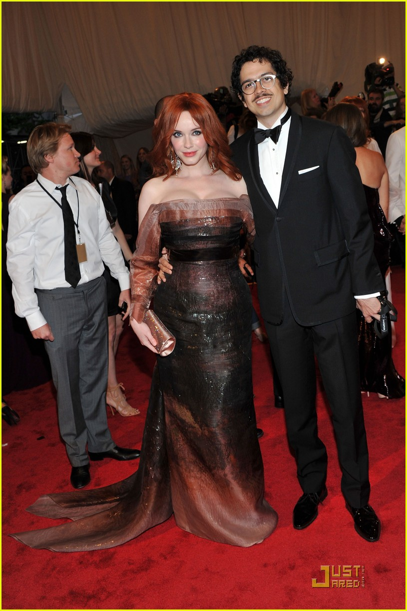 christina hendricks met ball 2011 02