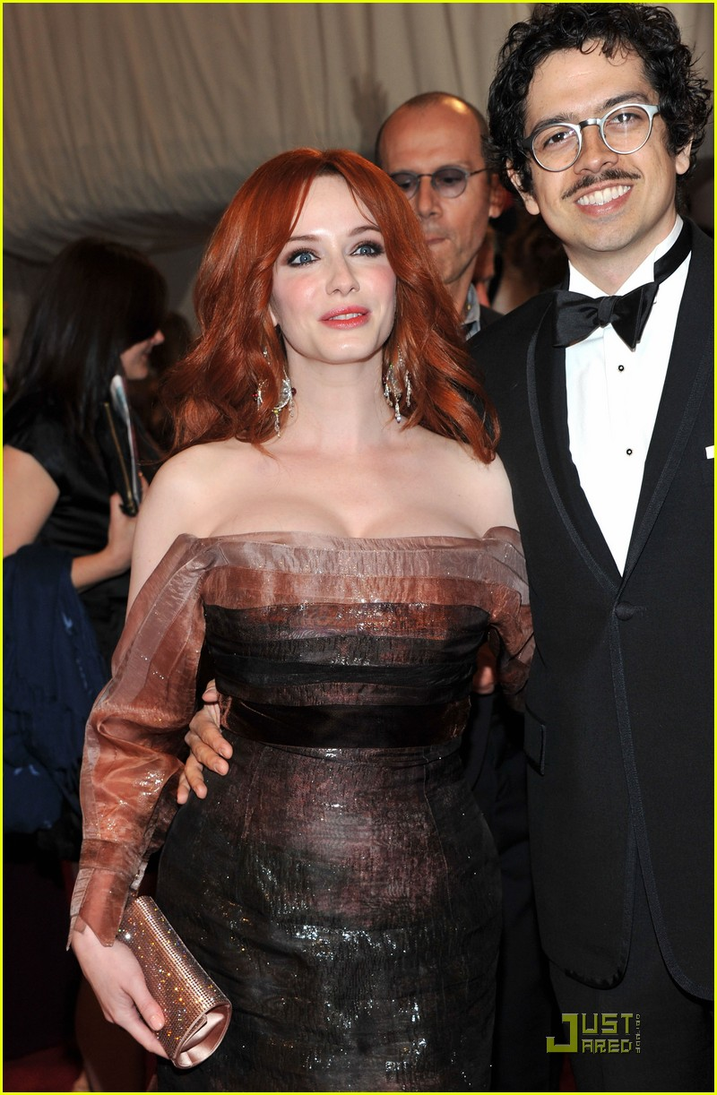 christina hendricks met ball 2011 04