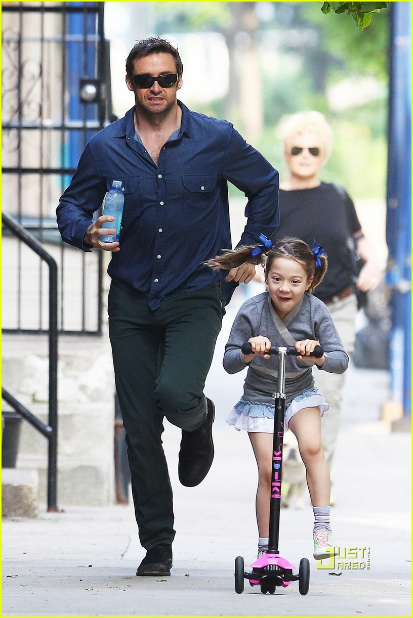 hugh jackman ava scooter chase 04
