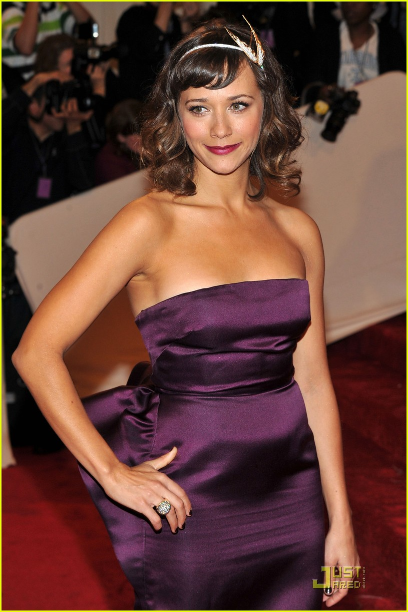 rashida jones alexa chung met ball 2011 08