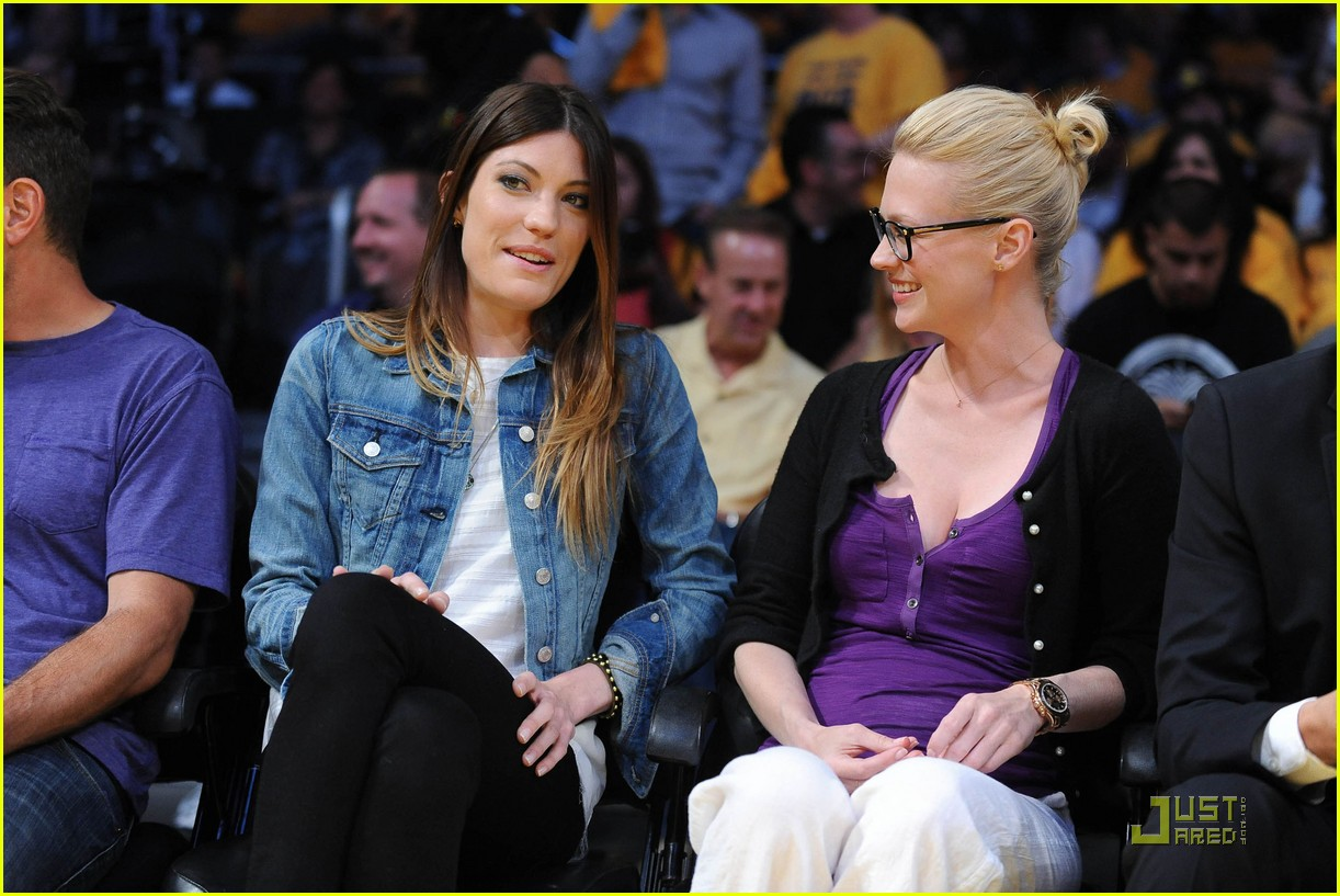 january jones lakers game 04