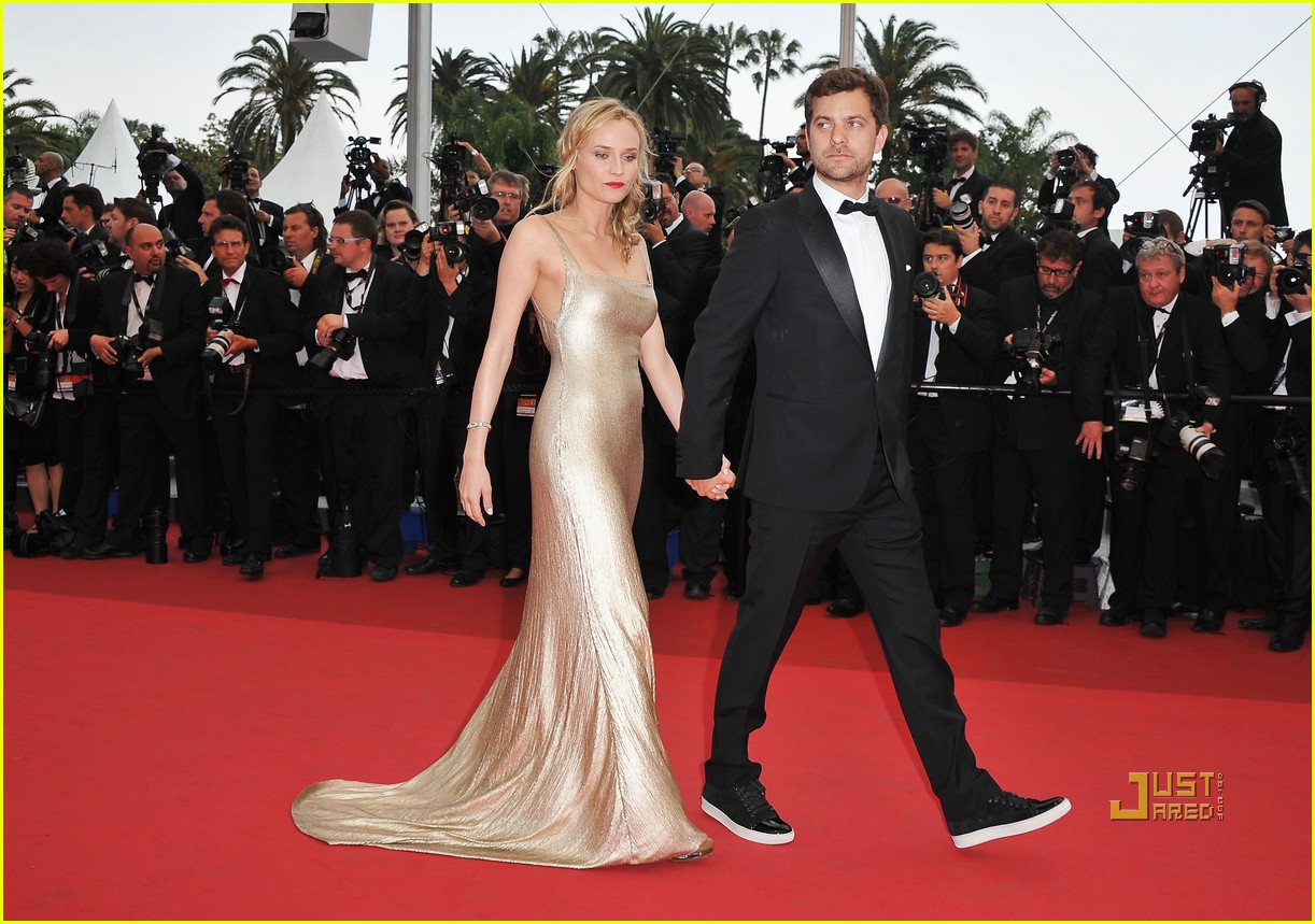 diane kruger joshua jackson sleeping beauty cannes film festival 2011 03