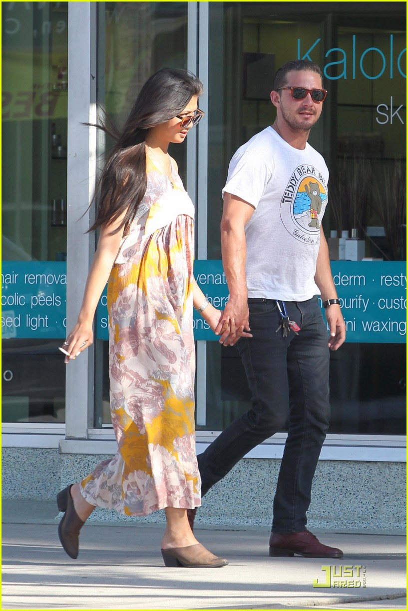 shia labeouf karolyn pho kiss 112541028