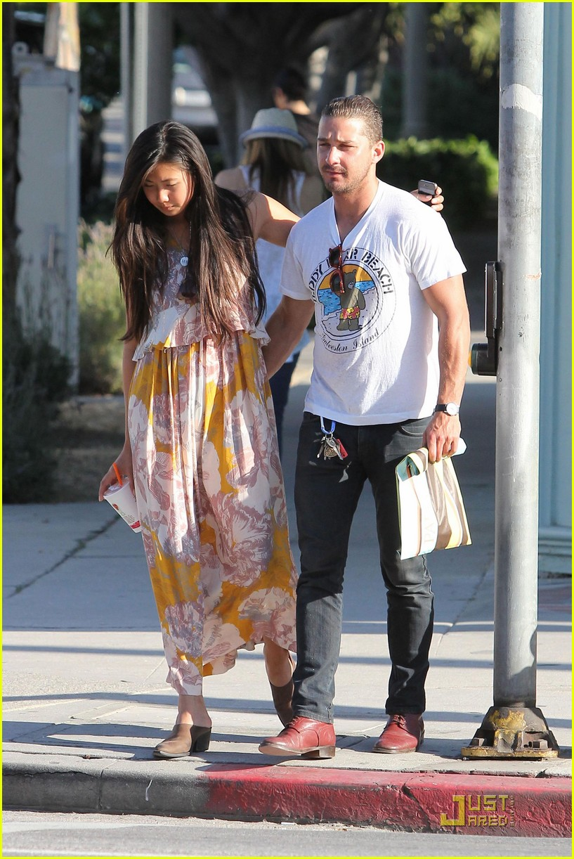 shia labeouf karolyn pho kiss 232541040