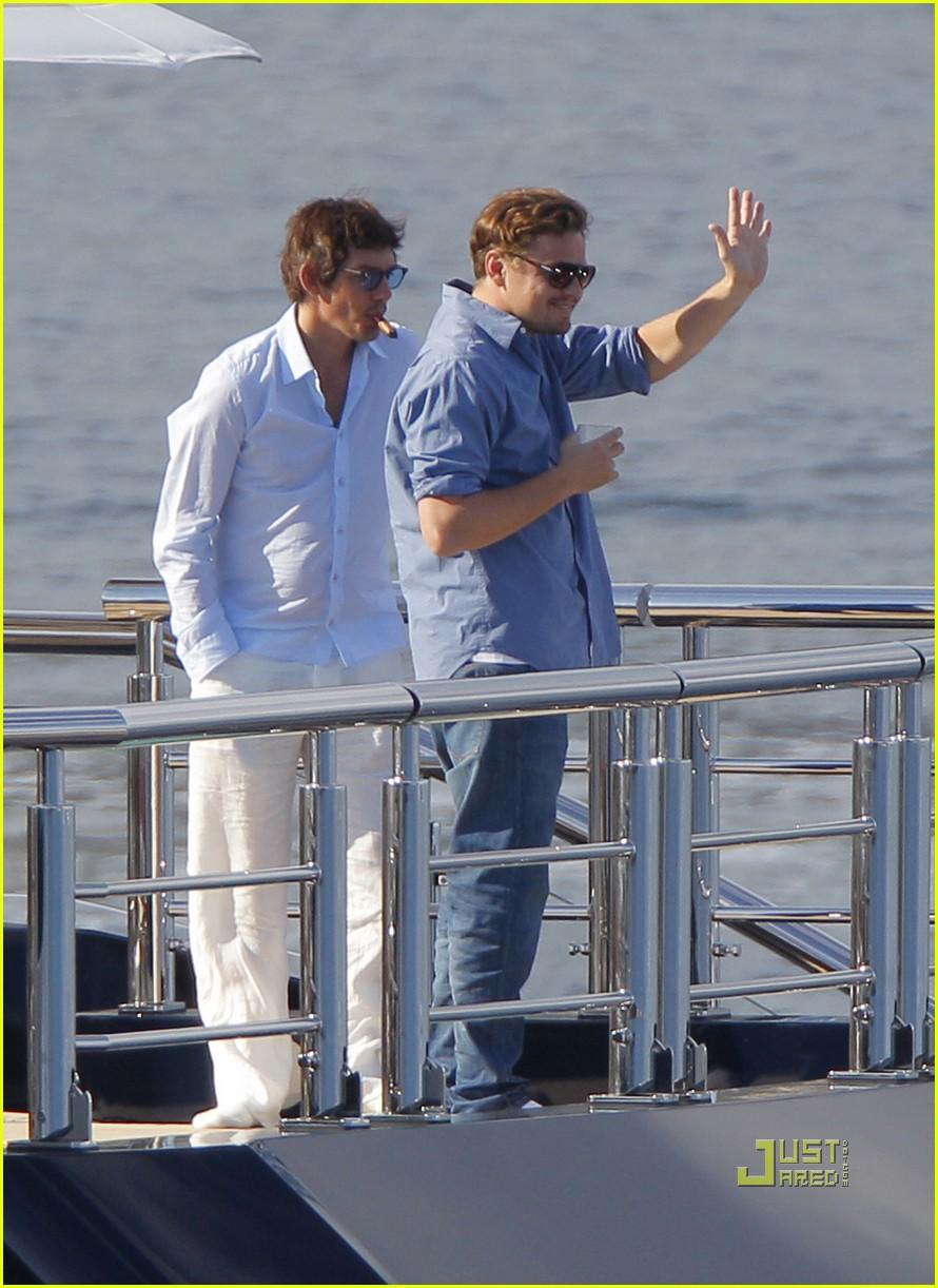 leonardo dicaprio blake lively yacht 102544906