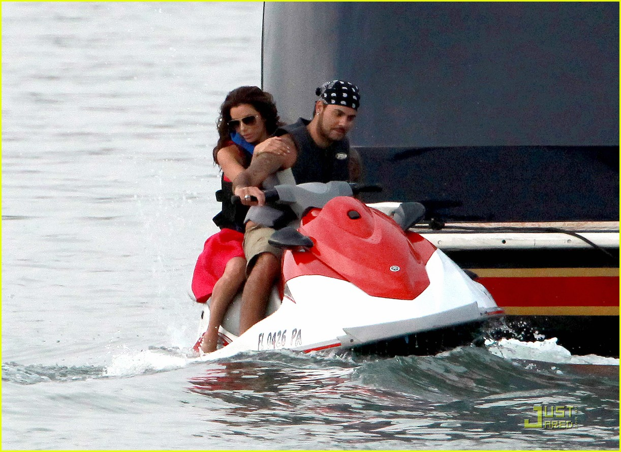 eva longoria jet skiing with eduardo cruz 022544077