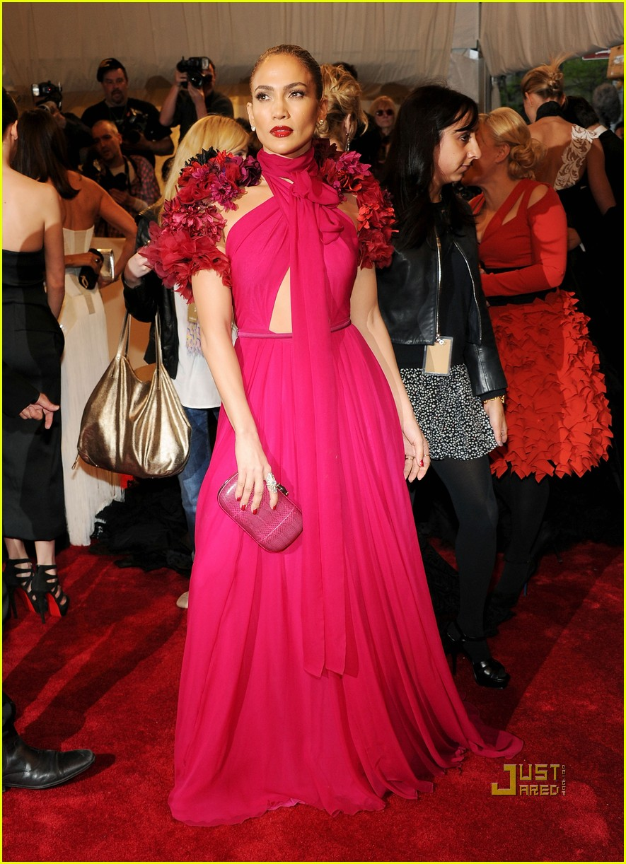 jennifer lopez met ball 2011 01 07