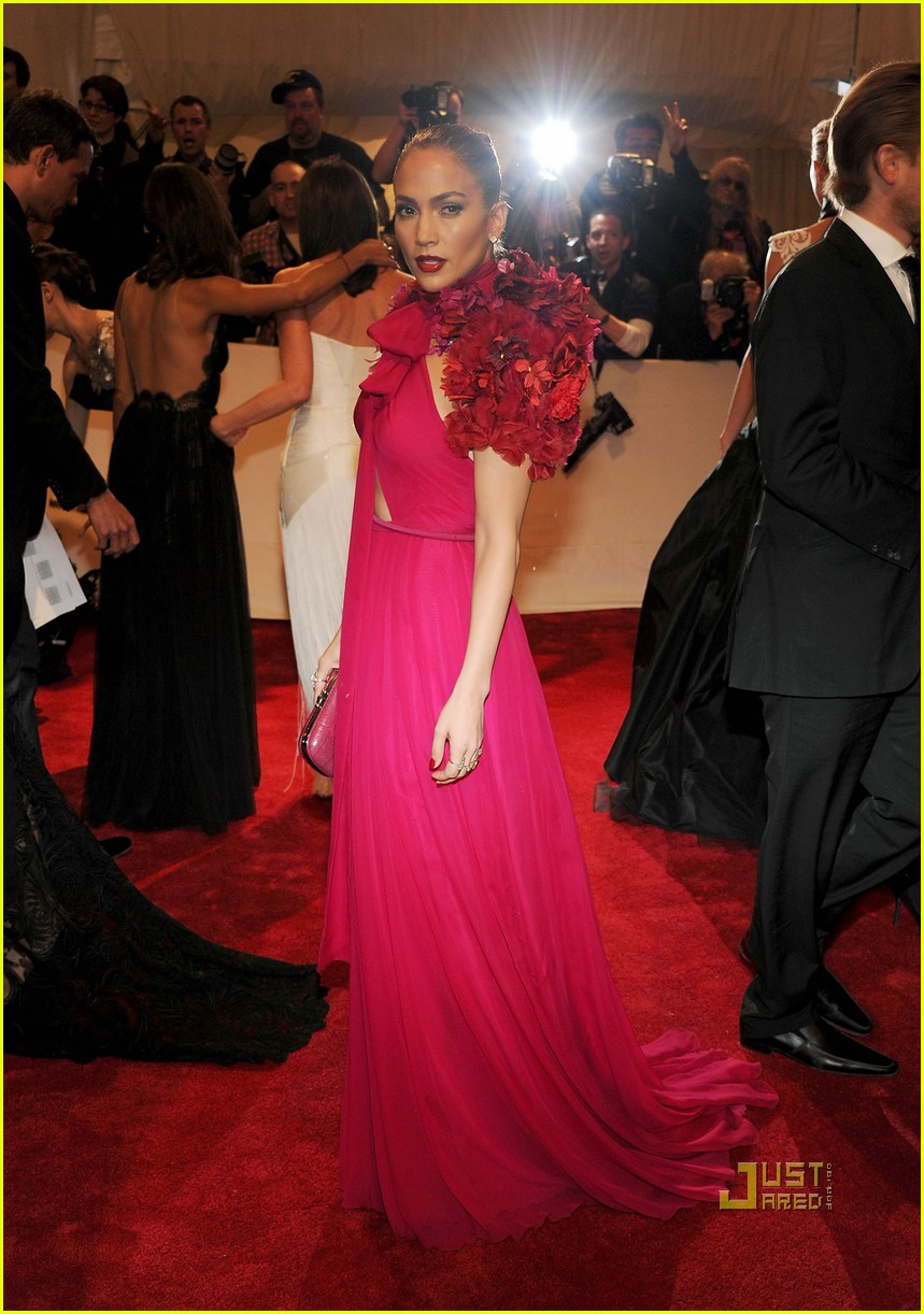 jennifer lopez met ball 2011 01 20