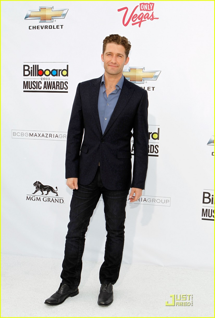matthew morrison joe jonas billboard awards 2011 08