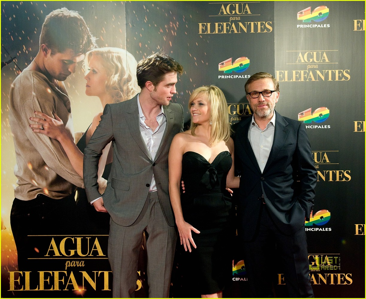 reese witherspoon spain robert pattinson water for elephants 30