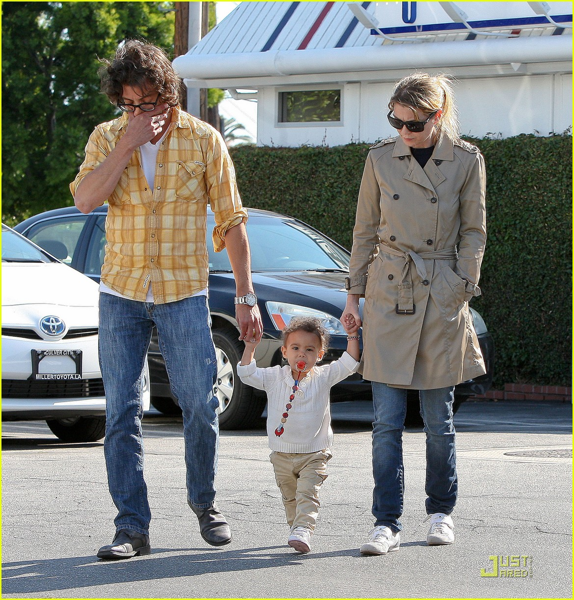 ellen pompeo lunch stella 06