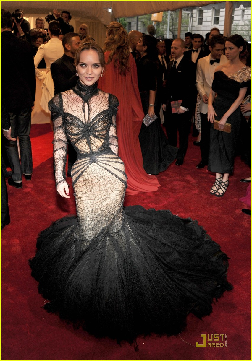 christina ricci met ball 2011 02
