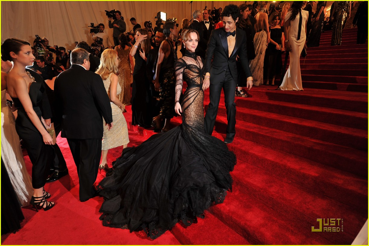 christina ricci met ball 2011 03
