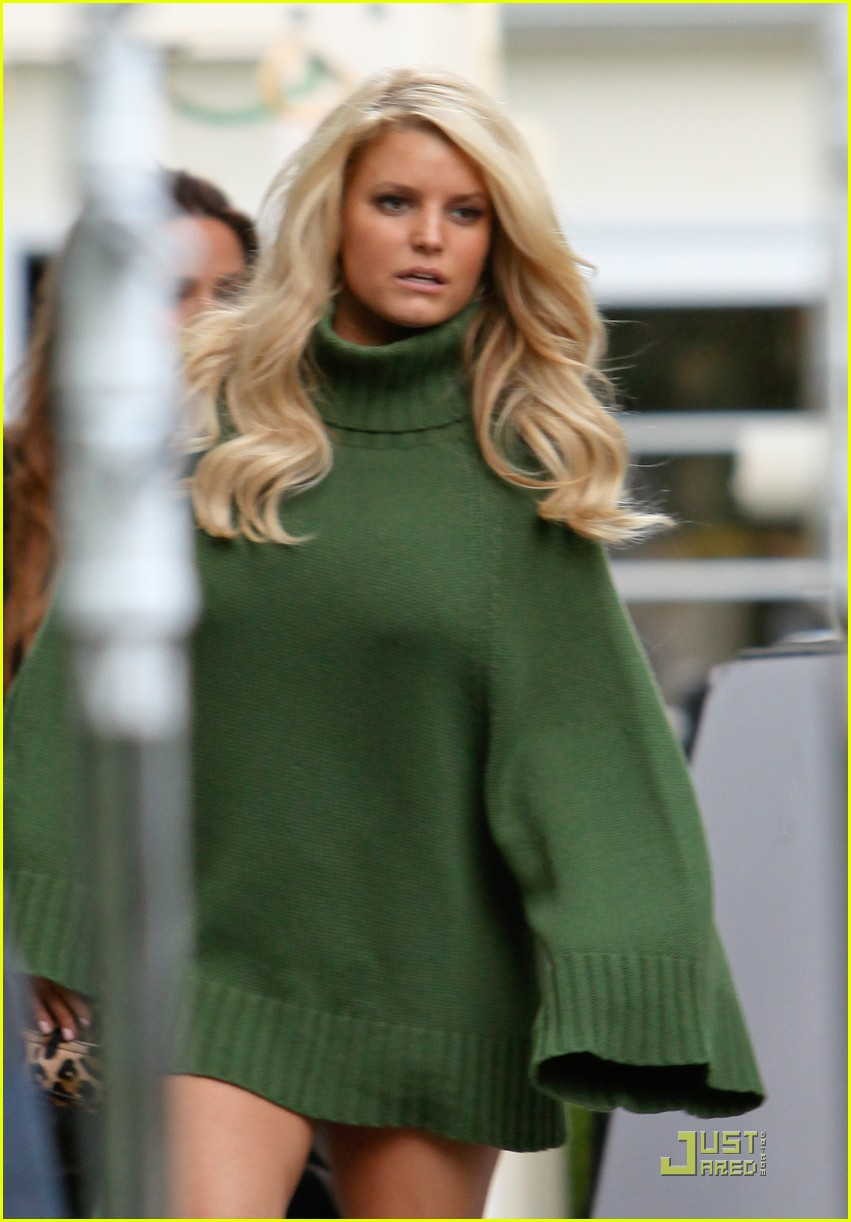 jessica simpson family visit at photo shoot 10