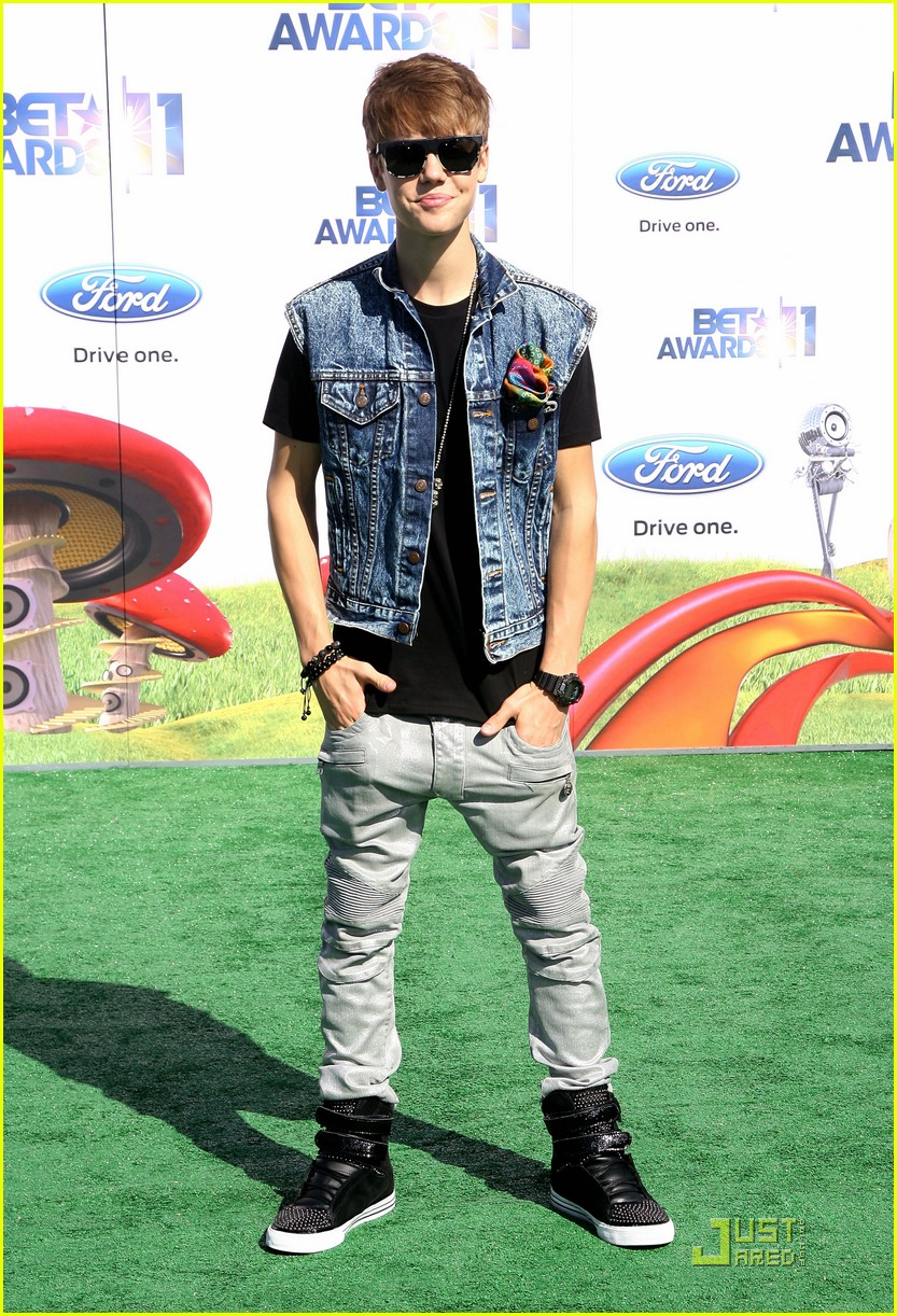 justin bieber bet awards 2011 01