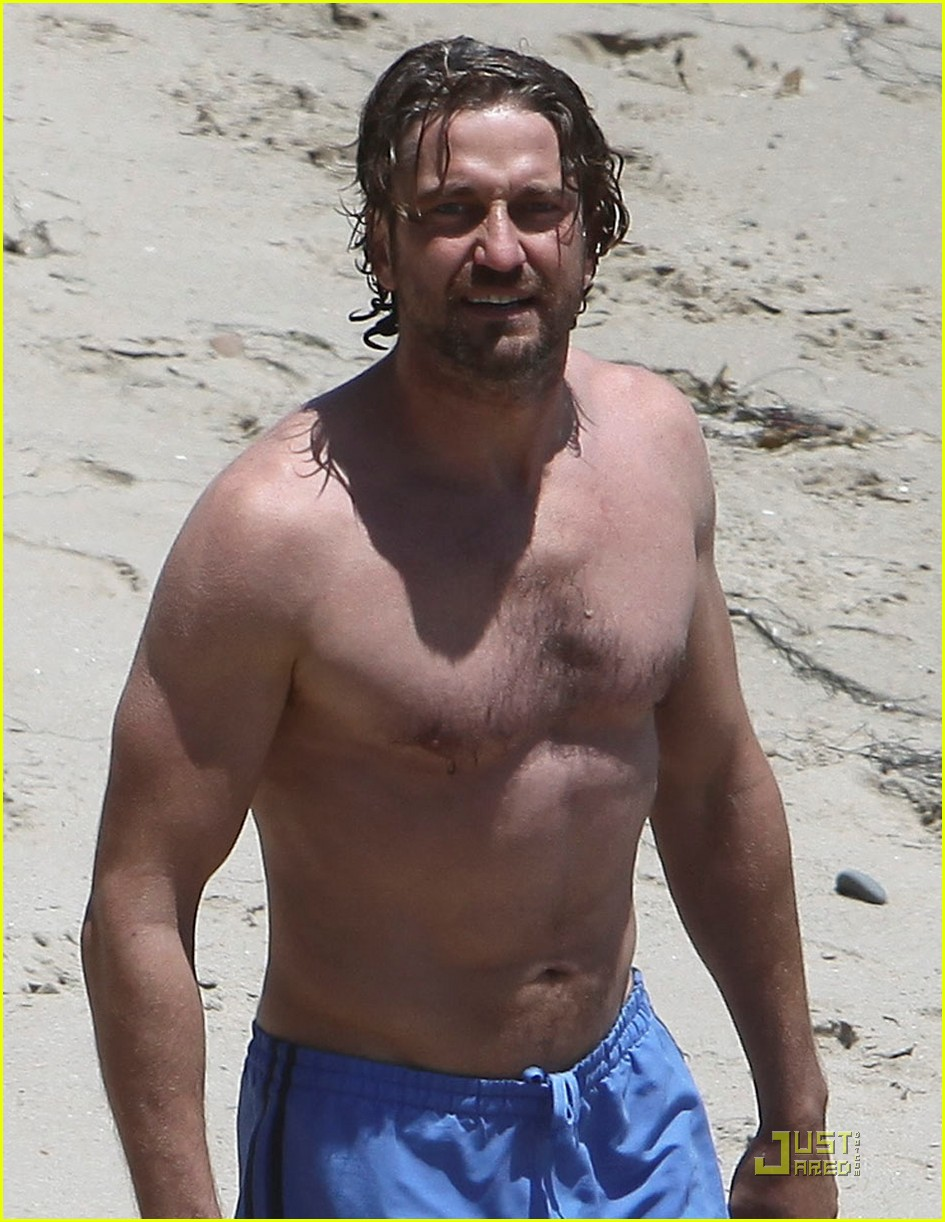 gerard butler shirtless stroll with mystery gal 02