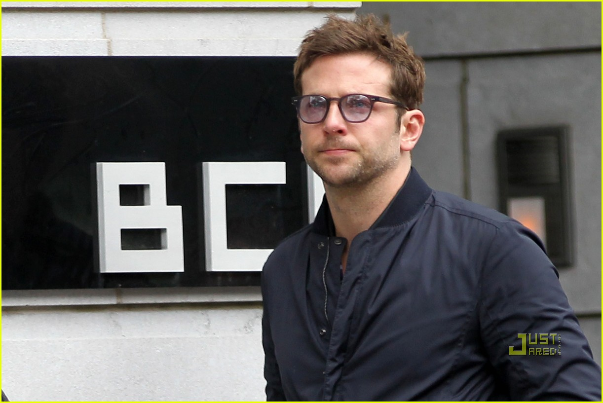 bradley cooper haircut tree of life 022555579