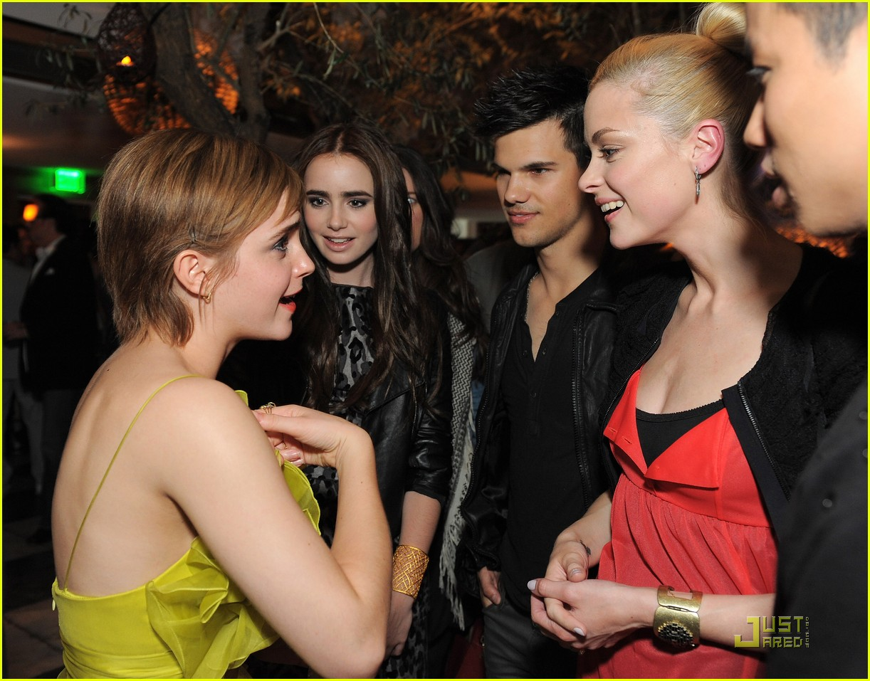 emma watson jaime king taylor lautner lily collins 02