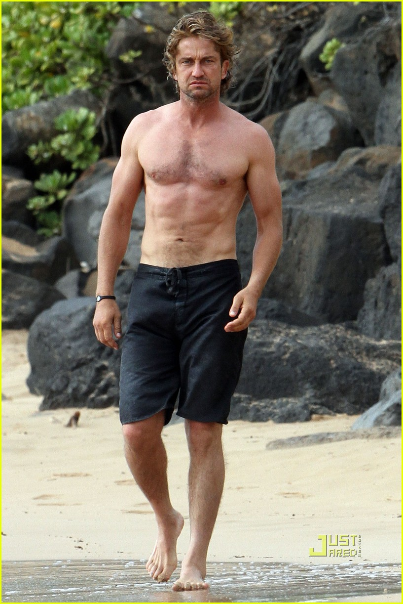 gerard butler shirtless surfing maui 012549960