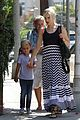 gwen stefani gavin kingston zuma checkup 03