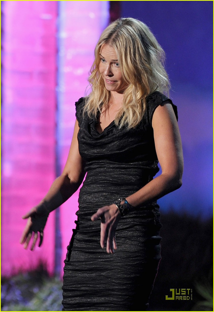 chelsea handler mtv movie awards 03