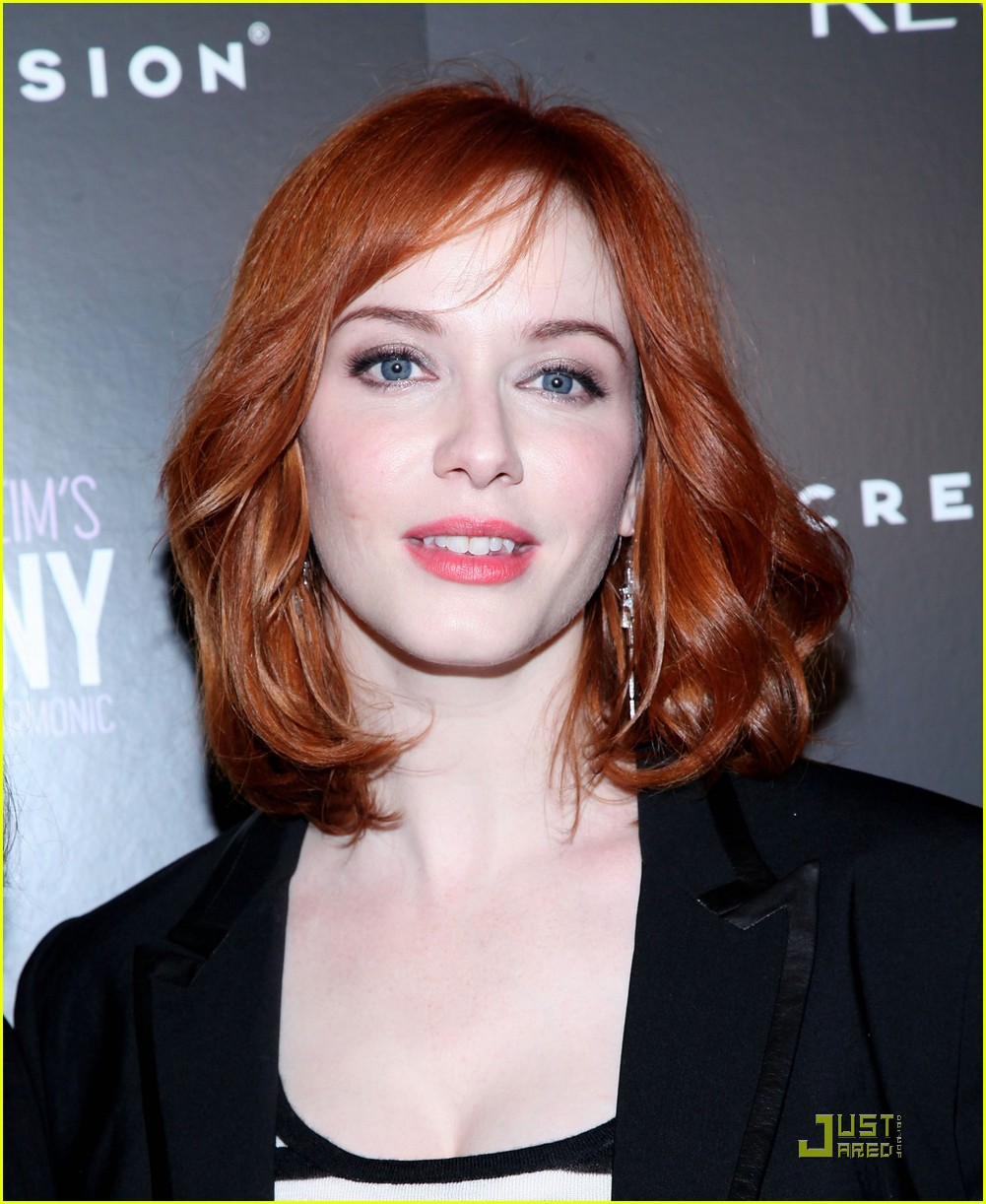 christina hendricks company with the new york philharmonic 05