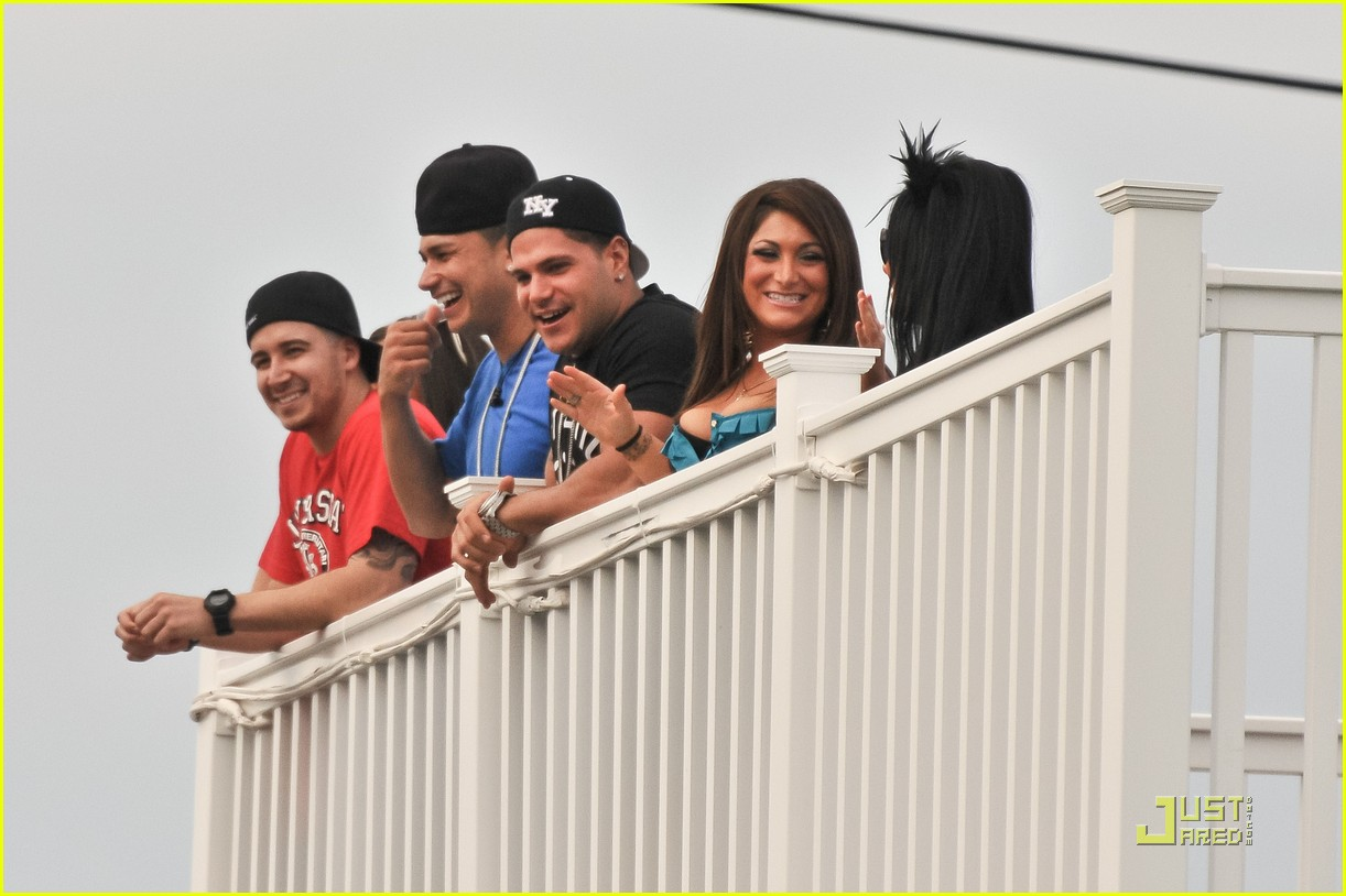 jersey shore cast returns to seaside heights 092555656