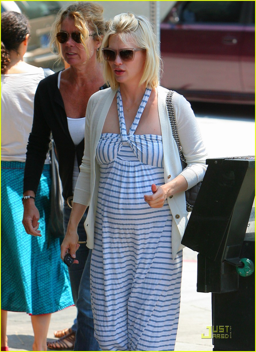 january jones watch shopping continues 10