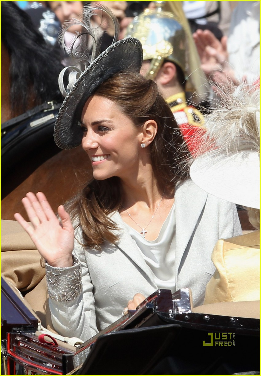 kate middleton prince william garter service 11
